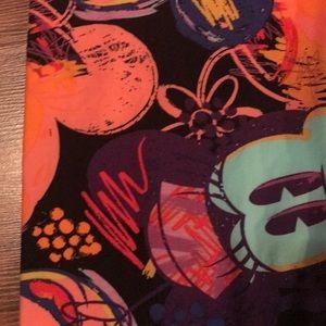 LuLaRoe Tops - Lularoe Disney Irma top with  free leggings